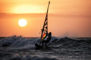 windsurfing-sunset-ocean-waves